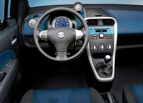 motori,auto,suzuki,splash,suzuki splash,monovolume,familiare,utilitaria,velocita,prestazioni,motorizzazioni,allestimenti,prezzo,consumi