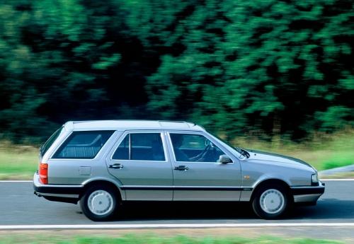 motori,auto,lancia,thema,lancia thema serie 2,velocita,prestazioni,motorizzazioni,allestimenti,
