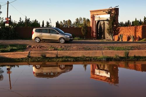 motori,auto,dacia,lodgy,dacia lodgy,monovolume,utilitaria,velocita,prestazioni,motorizzazioni,allestimenti,prezzo,consumi