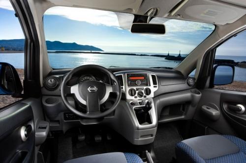 motori,auto,nissan,evalia,nissan evalia,monovolume,city-car,velocita,prestazioni,prezzo,consumi,allestimenti,motorizzazioni,
