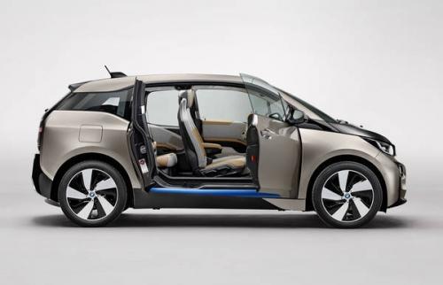 motori,auto,bmw,i3,bmw i3,auto ecologica,auto elettrica,familiare,utilitaria,velocita,prestazioni,motorizzazioni,allestimenti,prezzo,consumi,