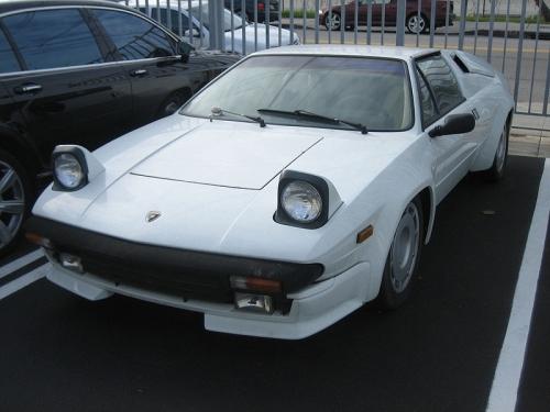 motori,auto,lamborghini,jalpa,lamborghini jalpa,supercar,auto epoca,velocita,prestazioni,auto sportiva,
