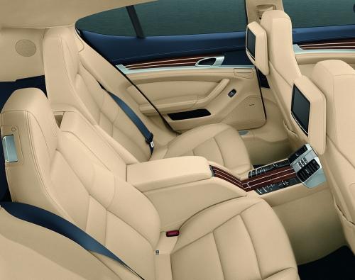 motori,auto,porsche,panamera,porsche panamera,auto sportiva,auto di lusso,velocita,prestazioni,prezzo,