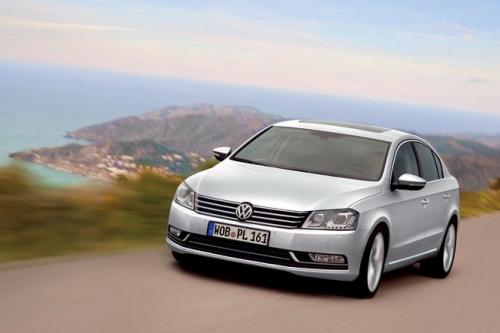 motori,auto,volkswagen,passat,volkswagen passat,volkswagen passat serie 7,volkswagen passat 2011,berlina,variant,velocita,prestazioni,consumi,