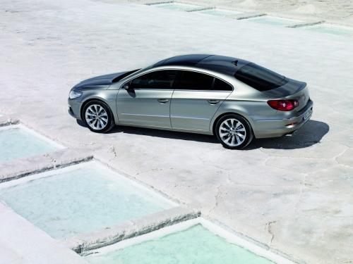 motori,auto,volkswagen,passat,volkswagen passat,volkswagen passat cc,berlina,coupe,velocita,prestazioni,consumi,