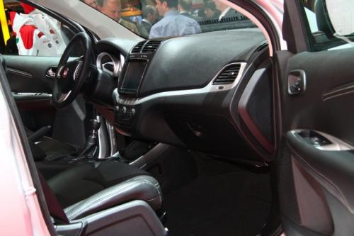 motori,auto,fiat,freemont,fiat freemont,suv,velocita,prestazioni,prezzo,motorizzazioni,allestimenti,