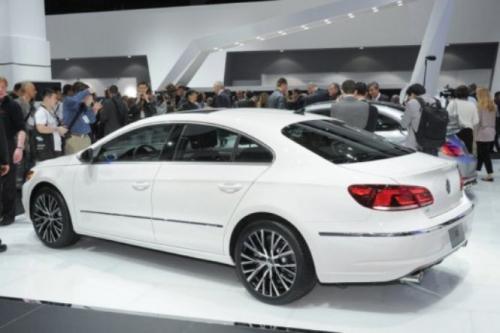 motori,auto,volkswagen,passat,volkswagen passat,volkswagen passat cc 2012,berlina,coupe,velocita,prestazioni,consumi,